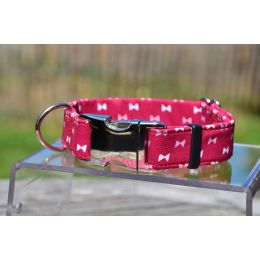 "Handmade adjustable fabric collar, ""Bow Tie"" pattern"