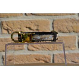 "Handmade adjustable collar, ""Purple Fantasia"" pattern"