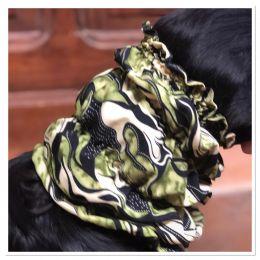Snood - Cagoule protection oreilles tombantes - Motif ramage vert, noir, beige